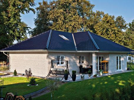 bungalow bauen in berlin brandenburg 4 bungalow grundrisse bau gmbh roth. Black Bedroom Furniture Sets. Home Design Ideas